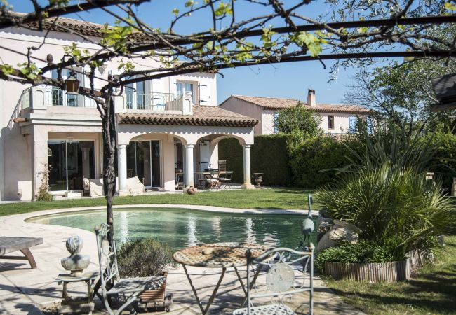 Villa in Cagnes-sur-Mer - Serenity